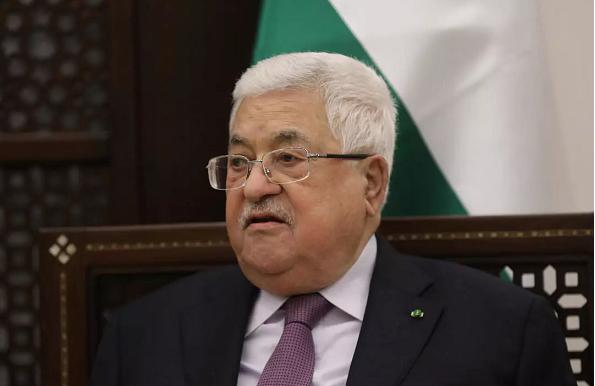 رسمياً .. عباس يصدر مرسوم تأجيل الانتخابات الفلسطينية